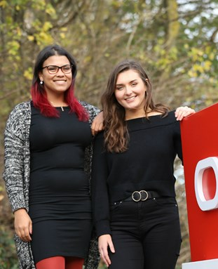 Students at Oracle work placement