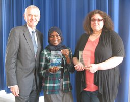 Mentee Sumayya Nabatanzi and mentor Audrey Fisher, Momentum Hastings Partnership of the Year 2016-17, with Hastings Campus Director, Paul Frost