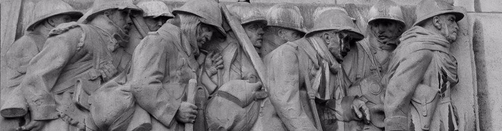 Stone carving of World War 1 soldiers