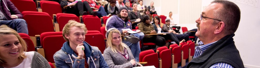 criminology coursework Gain a national and international understanding of crime, terrorism and deviance in contemporary societies with our terrorism and criminology degree.