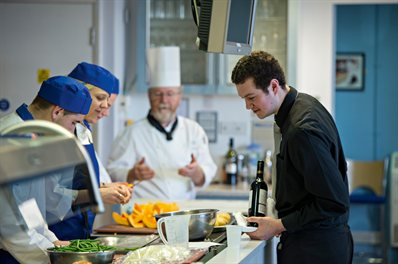 Chef with catering students