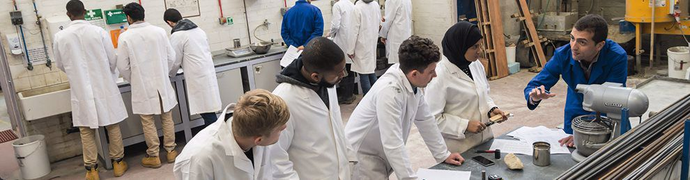 Students and lecture in the concrete labs