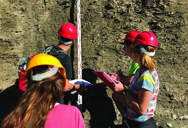 Geology-students-measure-earth-141321