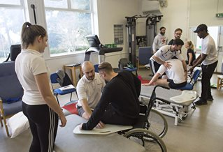 Physiotheraphy Robert Dodd gym