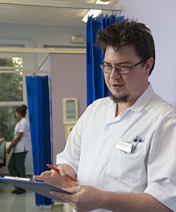 Occupational Therapy student working in hospital
