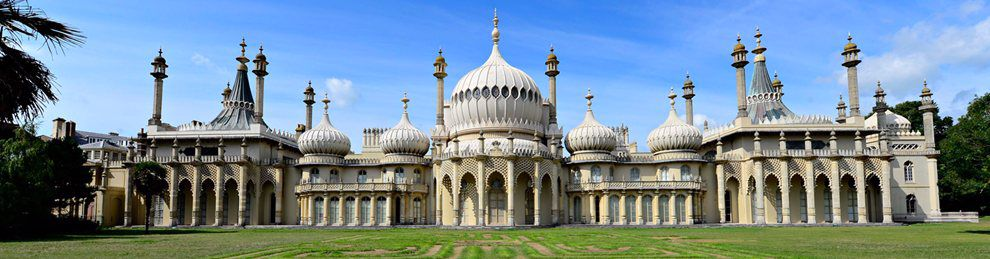 Photo of the Brighton Pavilion on a sunny day.